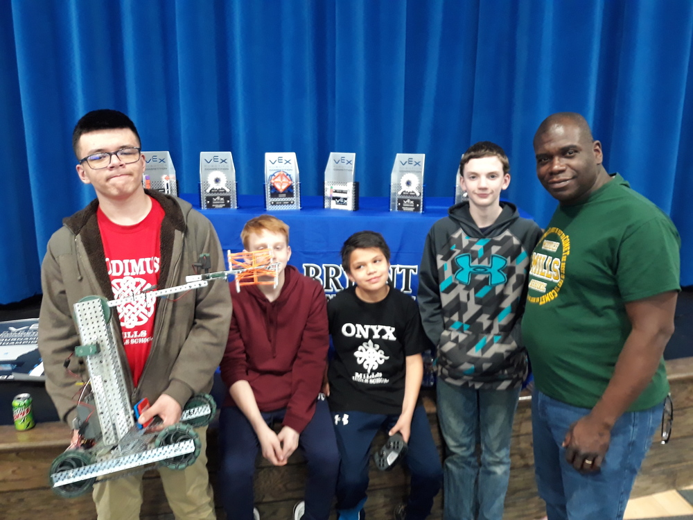 PCSSD Middle Schools Compete in Robotics Competition