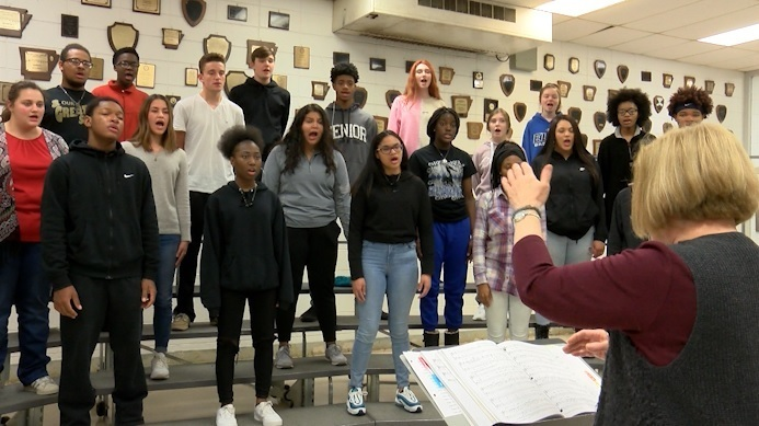 SHHS Choir Student Showcases Unique Talent