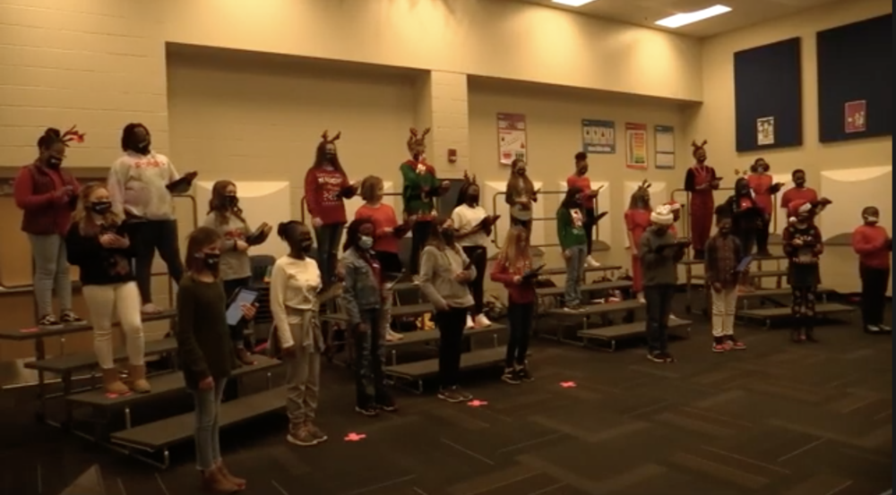 SHMS - 6th Grade Choir - Christmas Songs